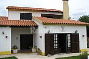 Villa for 7-10 people 2.2 km from the beach Lisbon