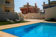 Luxury Villa with Pool 5min walk from the beach! Lisbon